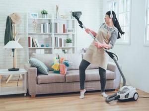 Cara Gampang Bersih-bersih Rumah Pas Ditinggal ART Saat Tahun Baru