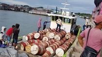 Kemenhub Amankan Kapal Pembawa 200 Drum Oli Mentah Tanpa SPB