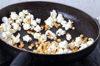 Yuk! Bikin Popcorn Renyah Anti Gosong dengan 5 Langkah Ini
