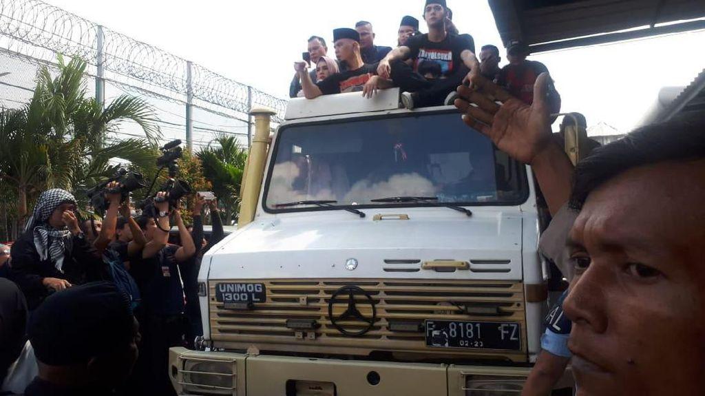 Mobil Raksasa yang Ditumpangi Ahmad Dhani, Mobil Apa?