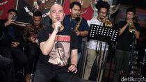 Ahmad Dhani-Mulan Jameela Nonton Bioskop Bareng Fadli Zon