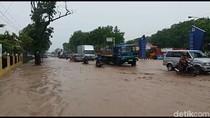 Banjir Bandang Menerjang Kudus, Jalur Pantura Sempat Tersedat
