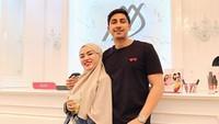 Bersama suaminya, Lukman Azhari, Medina Zein membangun bisnis kecantikan dan juga di bidang fashion. Dok. Instagram/medinazein