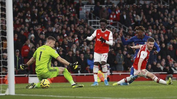 Arsenal Bakal Ukir Sejarah Buruk Jika Kalah dari MU (log)