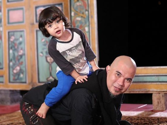 Ahmad Dhani dan Mulan Jameela dari instagram.