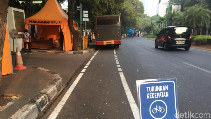 Jalur khusus sepeda. Foto: Uyung/detikHealth