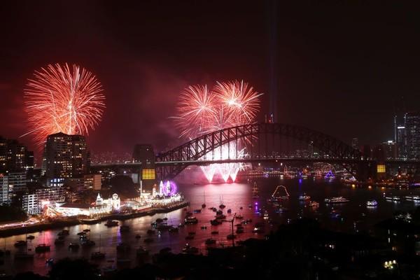 Australia menjadi salah satu negara pertama yang merayakan pergantian tahun baru 2020 bersama Foto: gettyimages