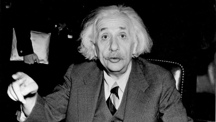 German born American physicist Albert Einstein (1879 - 1955), 1946.   (Photo by Central Press/Getty Images)