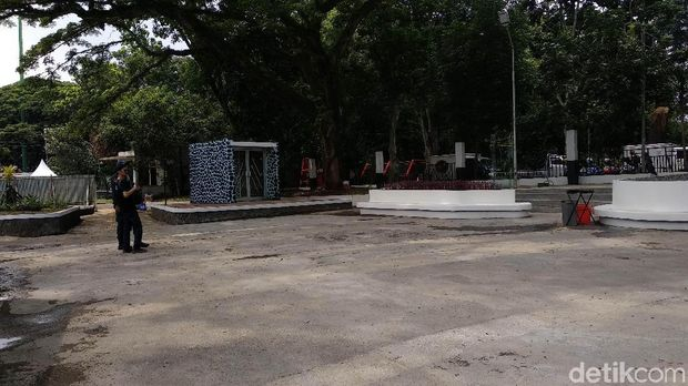 Sudah Jadi! 'Pojok Dilan' yang Tuai Kontroversi di Taman Saparua