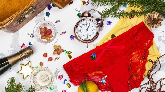 Spanish speaking countries New Year traditions. Funny rituals in Spain, Mexico, Venezuela, Chili and Argentina. Top view