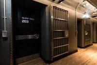Menginap di Hostel Bekas Penjara Abad ke-19, Apa Rasanya Ya?