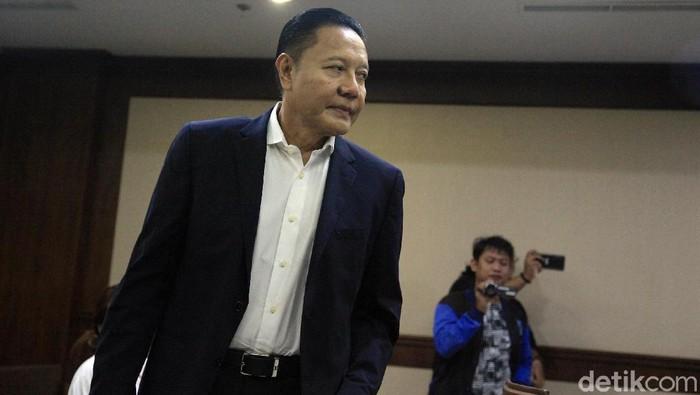 Eks anggota DPR I Nyoman Dhamantra menjalani sidang perdana kasus suap di Pengadilan Tipikor Jakarta. Ia merupakan tersangka dalam kasus suap impor bawang putih