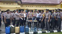 Polisi Sita Ratusan Liter Miras-Sajam Jelang Malam Tahun Baru di Buol