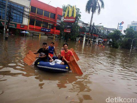 Korban Banjir Rugi Rp 43 M akan Gugat Anies, Gerindra Yakin Warga Kalah