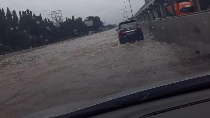Foto: Tol Cikuni banjir (ist.)