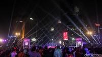 Setelah Pantai Kuta, Bundaran HI di Jakarta masuk peringkat dua destinasi Tahun Baruan terpopuler di Indonesia. Tidak heran sih (Rifkianto Nugroho/detikcom)