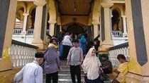 Libur Tahun Baru 2020, Istana Maimun Medan Dipadati Pengunjung
