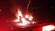 Malam Tahun Baru 2020, 1 Mobil di Purworejo Ludes Terbakar