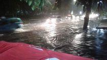 Kelurahan Pinang Ranti Jakarta Timur Terendam hingga 70 Cm