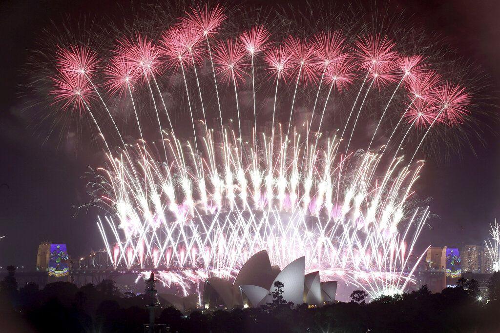 Pesta kembang api di Sydney, Australia. Foto: AP Photo/Rick Rycroft, File