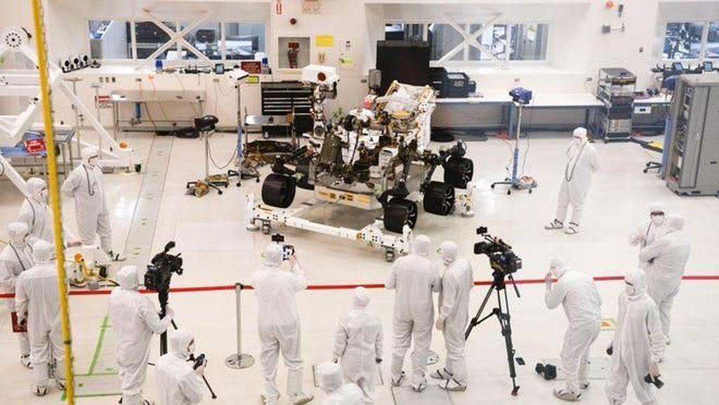NASA Kembali Tunda Peluncuran Rover Mars karena Masalah Kontaminasi
