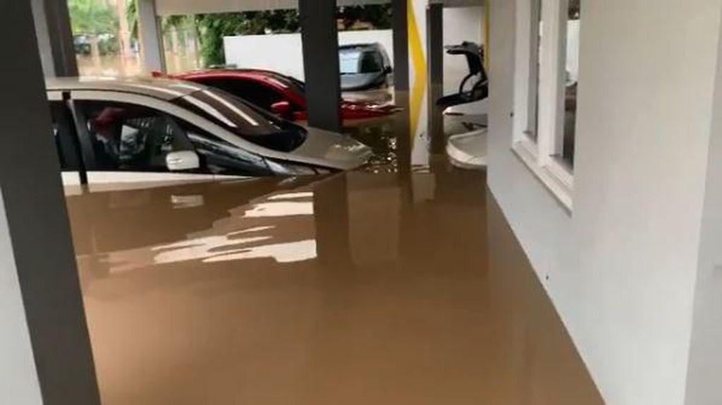 Ambyar, 6 Mobil Parto yang Dulu Terendam Banjir Tak Bisa Dipakai Lagi