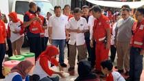 PMI Bantu Siapkan Makanan Korban Banjir, JK Imbau Tetap Siaga-Semangat