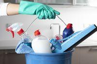 Ilustrasi tips membersihkan rumah setelah banjir.