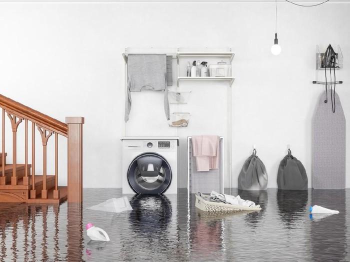 Tips membersihkan rumah setelah banjir. (Foto: iStock)