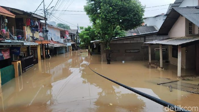 Foto: Banjir Rawajati Pancoran Jakarta Selatan, 2 Januari 2019. (Wilda Hayatun Nufus/detikom)
