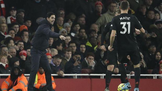 Mikel Arteta perlu menjaga Gary O'Driscoll bertahan di Arsenal.