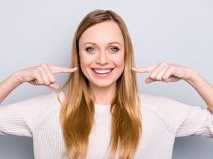 5 Makanan Pemutih Gigi Alami, dari Cuka Apel Sampai Nanas