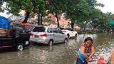 Laundry Tak Terima Order Bekas Banjir, Begini Tips Cuci Baju Penuh Lumpur