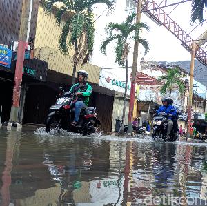 Catat, 2 Mal di Jakarta Ini Terpaksa Tutup Karena Banjir