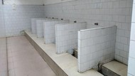 Toilet China yang Bikin Mau Pingsan