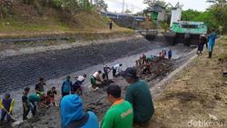 20 Sungai di Banyuwangi Dinormalisasi Antisipasi Banjir