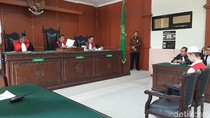 Deni Pelaku Mutilasi PNS Kemenag Bandung Divonis Mati