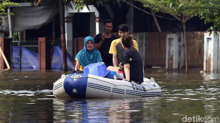 Banjir rendam wilayah Jabodetabek di awal tahun 2020. Foto: Agung Pambudhy