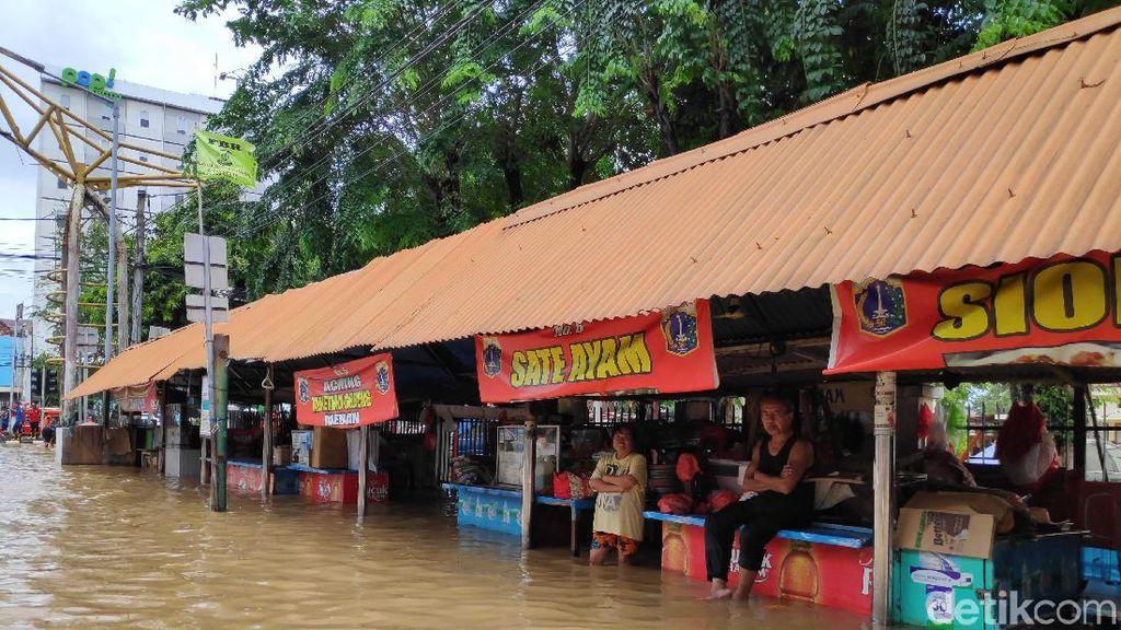Komisi VIII DPR Desak BNPB-Pemda Tangani Warga Terdampak Banjir Jabodetabek