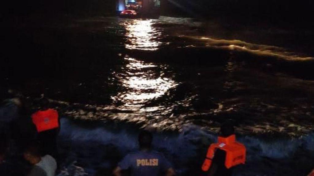 Diduga Bocor, Kapal Angkut 83 Penumpang Nyaris Tenggelam di Maluku