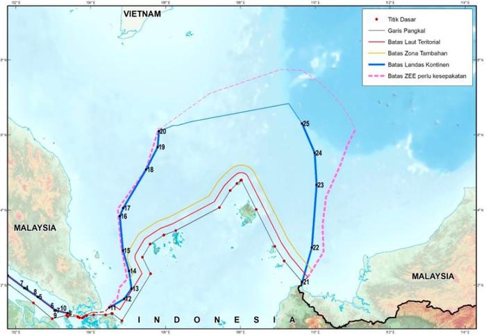 Peta Perairan Natuna (Sumber: Situs Seminar Nasional Geomatika/Badan Informasi Geospasial)
