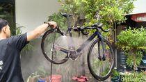 Sepeda Mahal Tergenang Banjir? Beda Jenisnya, Beda Pula Cara Mencucinya