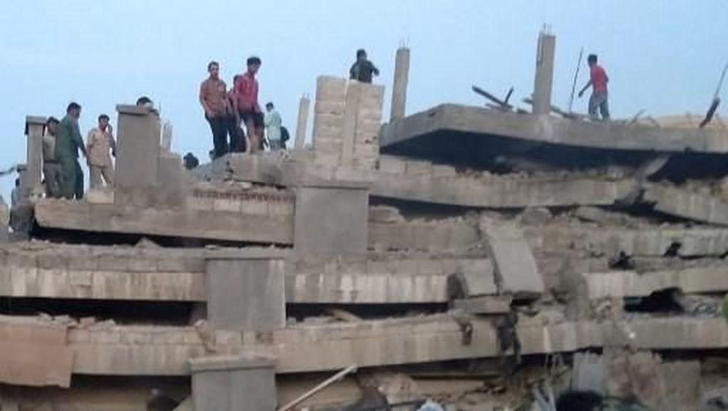 Video Gedung 7 Lantai di Kamboja Ambruk, 36 Orang Tewas