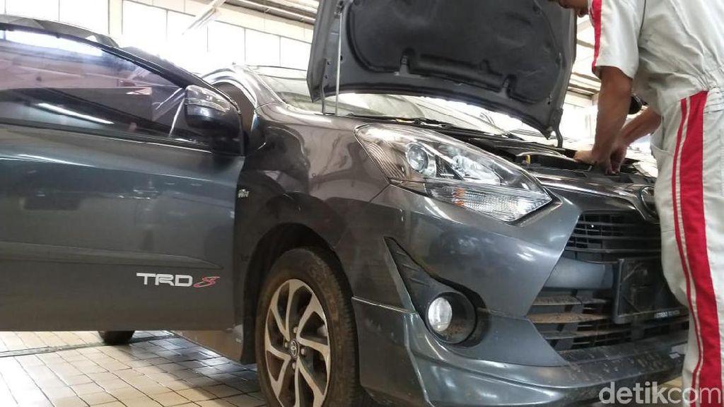 Mobil Korban Banjir yang Januari Saja Belum Selesai Diservis
