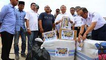 Kemenhub dan 4 BUMN Kirim 3 Truk Bantuan untuk Korban Banjir