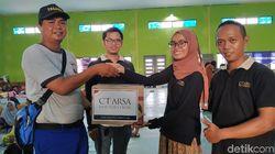 CT ARSA Foundation Serahkan Bantuan untuk Korban Banjir Lebak