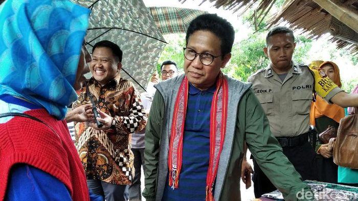 Foto: Mendes Abdul Halim Iskandar di Bantul (Usman Hadi-detikcom)