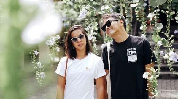 Intip Kemesraan Newlywed Dipha Barus dan Vanessa
