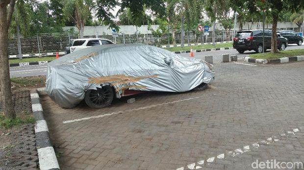 Tarif Parkir Puluhan Juta Mobil BMW di Bali