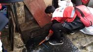 Banjir Surut di Petamburan, PMI Semprot Disinfektan untuk Bunuh Kuman